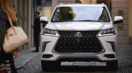 Lexus LX 570 2020 hầm hố hơn trong gói phụ kiện thể thao mới