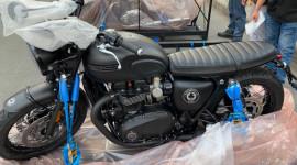 Triumph Bonneville T120 ACE 2019 phiên bản giới hạn đầu tiên về Việt Nam