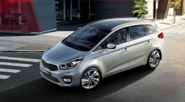 Kia Rondo: Động cơ mạnh mẽ, 7 chỗ linh hoạt giá mới chỉ 585 triệu