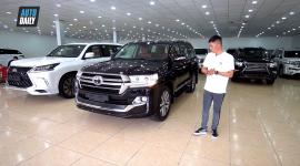 Soi CHUYÊN CƠ Toyota Land Cruiser MBS gần 10 tỷ cho đại gia Việt