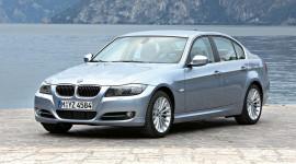 Triệu hồi 885 xe BMW Series 3 tại Việt Nam