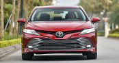 Toyota Camry đạt đỉnh dù phân khúc Sedan hạng D ngày càng ảm đạm