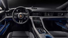 Lộ diện nội thất đẳng cấp trên xe điện Porsche Taycan 2020