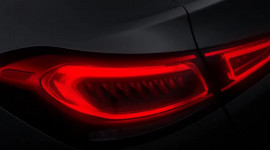 Mercedes-Benz GLE Coupe 2020 nhá hàng trước ngày ra mắt