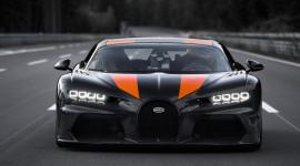 Bugatti Chiron lập kỷ lục tốc độ hơn 490 km/h