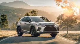 Lexus RX 2020 chốt giá từ 44.150 USD