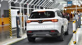 Bảng giá xe Vinfast Lux 2.0 mới nhất, cao nhất 1,699 tỷ đồng