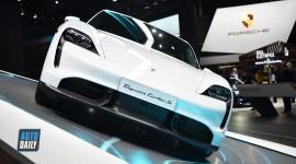 Chiêm ngưỡng siêu phẩm Porsche Taycan 2020, chờ ngày về Việt Nam