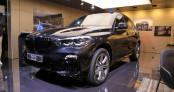 Cận cảnh SUV chống đạn BMW X5 Protection VR6 tại triển lãm Frankfurt  2019