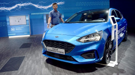 Đánh giá Ford Focus 2020: Đẹp thế này mà không còn bán ở Việt Nam