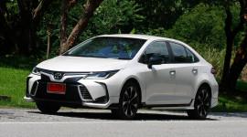 Đánh giá Toyota Corolla Altis 1.8 GR Sport 2019: Sedan hạng C đậm chất thể thao