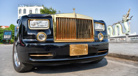 Chi gần 15 tỷ, đại gia Việt có thể sở hữu Rolls-Royce Phantom mạ vàng