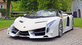 Lamborghini Veneno Roadster của chính khách tham nhũng được đấu giá gần 8,4 triệu USD