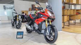 Cận cảnh BMW S1000XR 2019 giá 579 triệu tại Việt Nam