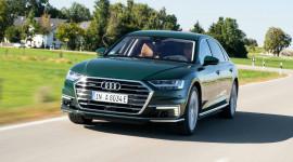 Audi A8L tiêu thụ 2,5L/100km ra mắt, giá từ 120.350 USD