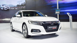 Chi tiết 'bom tấn' Honda Accord 2019 giá từ 1,319 tỷ đồng tại Việt Nam