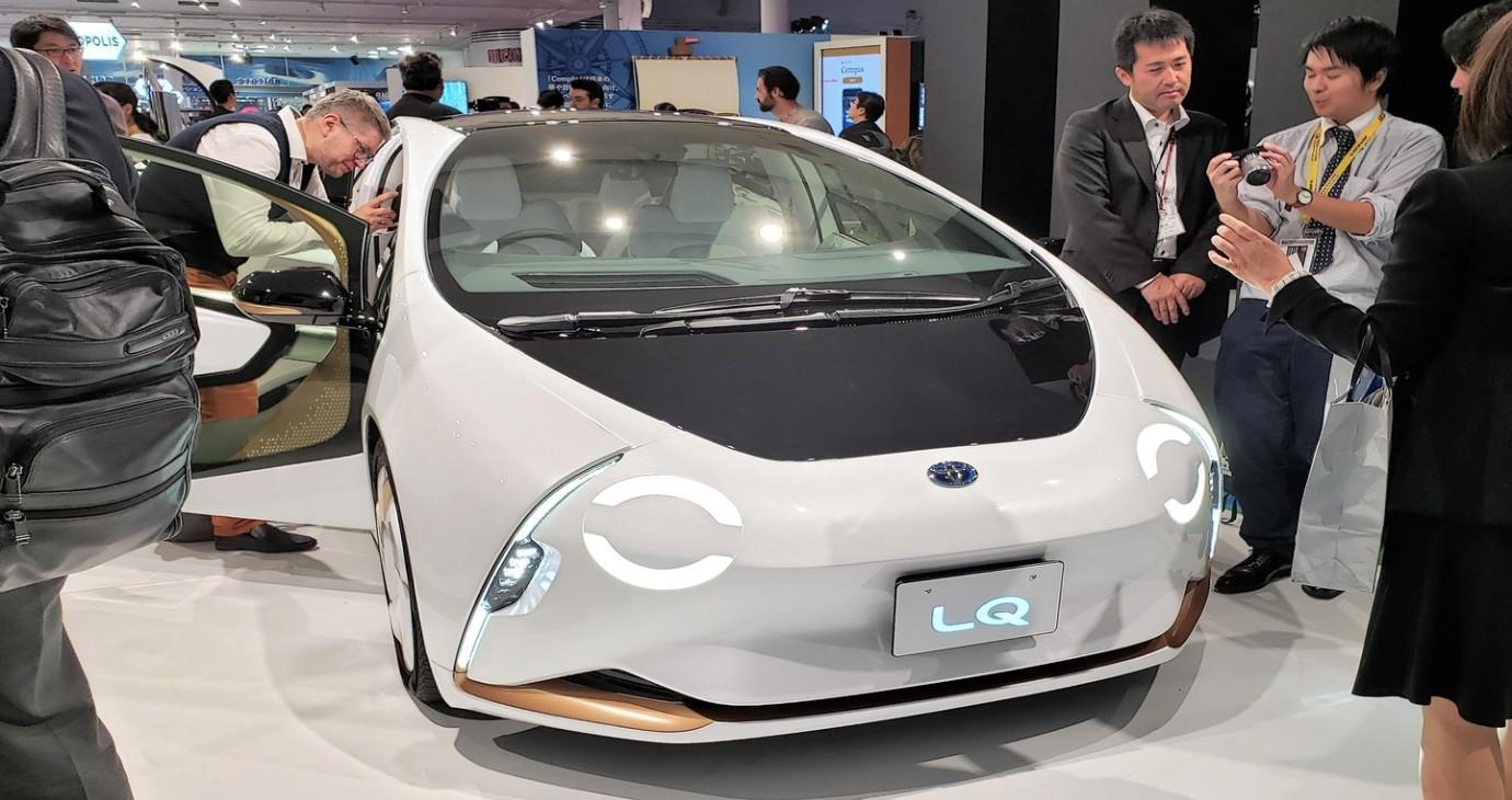Toyota LQ Concept – Mẫu ô tô biết tương tác với người lái