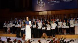 Toyota Việt Nam trao tặng 85 suất học bổng cho tài năng trẻ âm nhạc Việt Nam