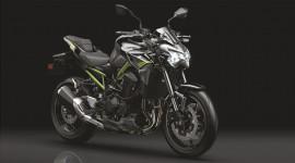 Kawasaki Z900 2020 thay đổi nhẹ, thêm công nghệ, giá hơn 9.900 USD