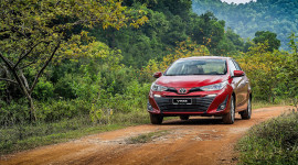 Doanh số xe Toyota Việt Nam giảm 14% trong tháng 10/2019