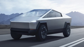 Tesla Cybertruck ra mắt: Bán tải chạy điện của tương lai