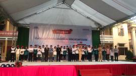 Honda Việt Nam trao tặng mũ bảo hiểm cho học sinh tỉnh Thanh Hóa