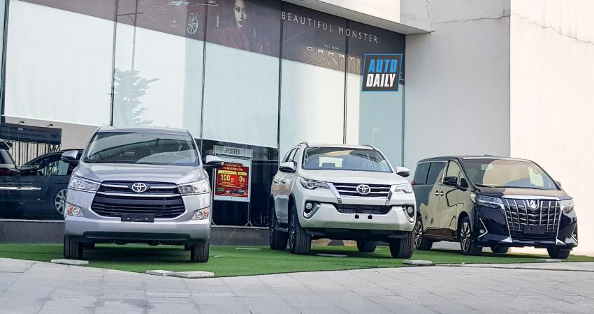 Doanh số xe Toyota Việt Nam tháng 11 giảm nhẹ