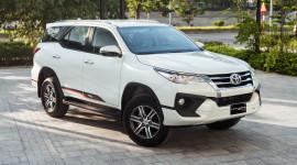 Phân khúc SUV 7 chỗ ngồi tháng 11/2019: Toyota Fortuner không có đối thủ