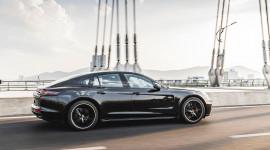 Porsche Panamera Sport Turismo: Khi lịch lãm dung hòa với thể thao