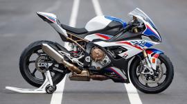 Soi chi tiết siêu mô tô BMW S1000RR 2020 tại Việt Nam, giá từ 949 triệu