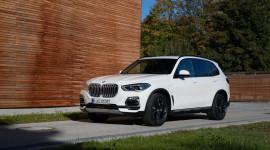 """BMW đánh bại Mercedes và Lexus, trở thành """"ông hoàng xe sang"""" tại Mỹ"""