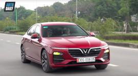 Vì sao khách hàng mua xe VinFast?
