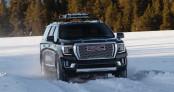 SUV cỡ lớn GMC Yukon 2021 có khả năng tự quay vòng tại chỗ cực ấn tượng