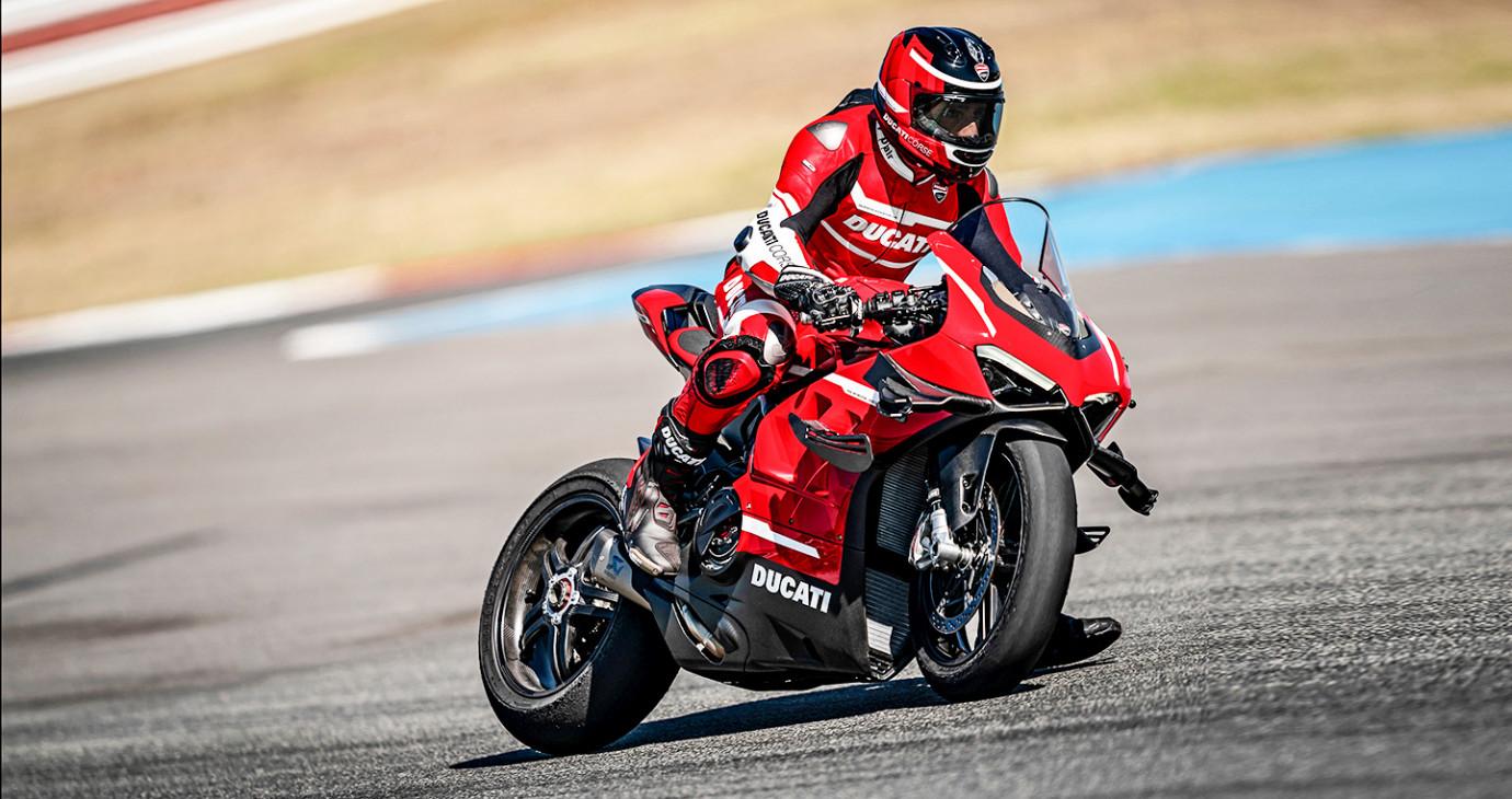 Ducati Panigale Superleggera V4 2020 ra mắt, giá 100.000 USD