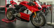Duy nhất một chiếc Ducati Panigale V4 25th Anniversary 916 cập bến ĐNÁ