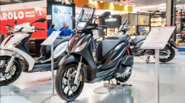 Piaggio Medley 2020 chốt ngày ra mắt tại Việt Nam, quyết đấu Honda SH