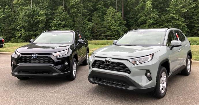 Toyota triệu hồi 44.000 xe do vết nứt động cơ