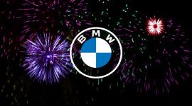 BMW công bố logo mới với thiết kế phẳng và tối giản hơn