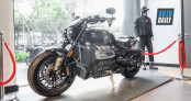 Triumph Rocket 3 TFC cập bến thị trường Việt Nam, giá 1,3 tỷ đồng