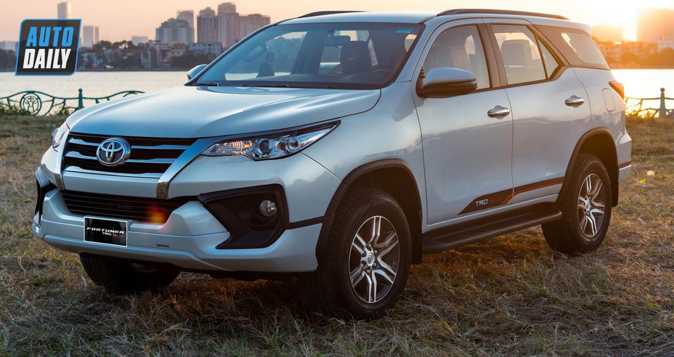 Ô tô ồ ạt giảm giá, kể cả những xe hot như Toyota Innova, Fortuner
