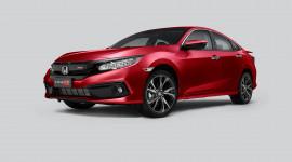"""Honda Civic RS """"khoác áo mới"""" đậm chất thể thao hơn, giá từ 929 triệu đồng"""