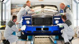 Rolls-Royce tạm ngừng sản xuất xe siêu sang vì đại dịch Covid-19