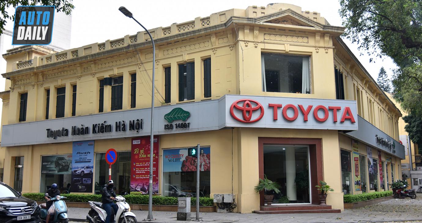 Toàn bộ đại lý Toyota và Lexus tại Hà Nội tạm thời đóng cửa vì dịch Covid-19