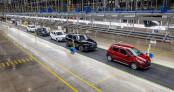 Loạt nhà máy ôtô Việt Nam tạm đóng cửa