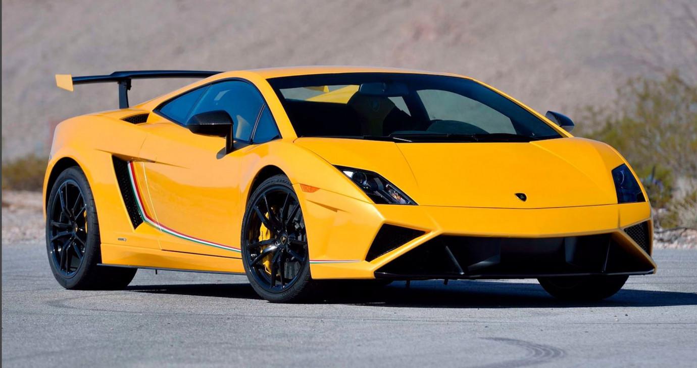 Chiêm ngưỡng hàng hiếm Lamborghini Gallardo LP570-4 Squadra Corse