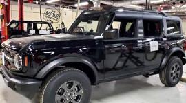 Ford Bronco 2021 sắp được trình làng