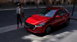 Phân biệt các phiên bản New Mazda2 Sport