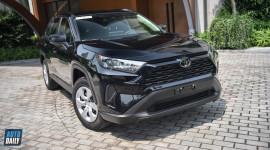 Vì sao Toyota RAV4 vẫn chưa được bán chính hãng?