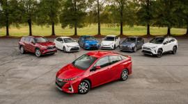 Toyota chạm mốc 15 triệu xe hybrid
