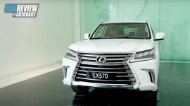 """""""Đột nhập"""" showroom Lexus hoành tráng nhất Đông Nam Á tại Việt Nam"""